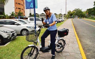 Bikes substituem motos no trabalho nos estacionamentos Safe Park